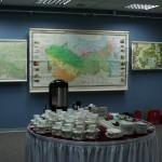 GIS päeva tordisöömine RR-i näitusesaalis
